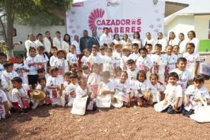Estudiantes del Preescolar Indígena Benito Juárez de Santiago Ixtlahuaca se integraron al programa cazador@s de saberes