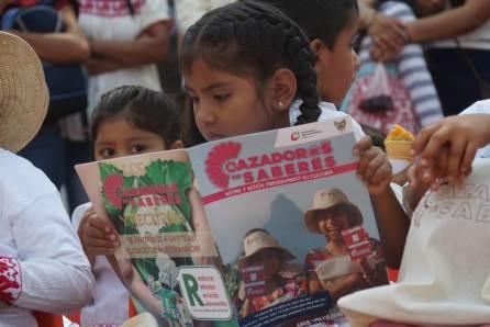Estudiantes del Preescolar Indígena Benito Juárez de Santiago Ixtlahuaca se integraron al programa cazador@s de saberes4