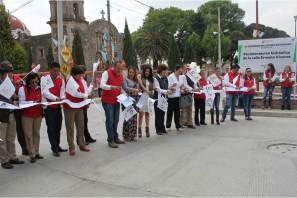 Fue inaugurada la rehabilitación de la calle principal de Almoloya2