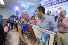 Inicia alcalde Raúl Camacho festejos del Día de la Madre en Mineral de la Reforma4