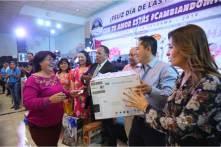 Inicia alcalde Raúl Camacho festejos del Día de la Madre en Mineral de la Reforma5