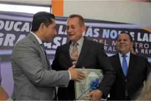 Inicia Mineral de la Reforma con festejo a maestros