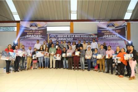 Inicia Mineral de la Reforma con festejo a maestros4