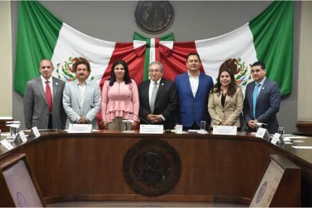 Instalan Comisión Especial para Conmemoración de 150 Aniversario del Congreso de Hidalgo.jpg