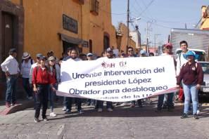 Marcha la ESSAH a favor de la liberación de cuentas congeladas de la UAEH