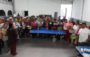 Adultos mayores de Tolcayuca, pondrán a la venta productos artesanales1
