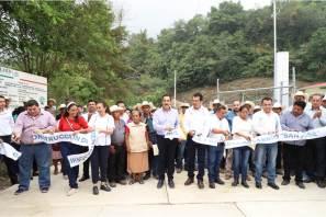 Anuncia Omar Fayad modernización del camino Chilijapa-Teyahuala5