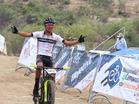 Ciclistas hidalguenses cosechan cinco medallas en Aguascalientes3