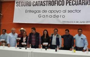 Entrega de cheques por Seguro Catastrófico en Tolcayuca1