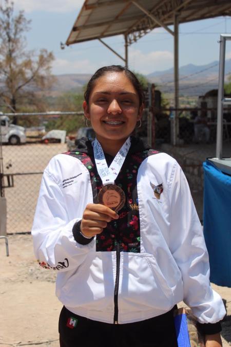 Fernanda Maqueda se queda con el bronce en ciclismo de ruta.jpg