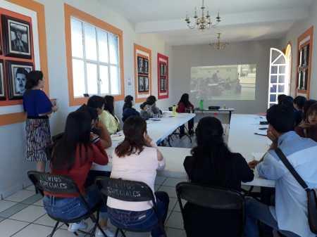 Funcionarios públicos se capacitan en materia de ética y atención ciudadana en Santiago Tulantepec