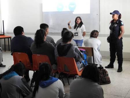 """Imparten conferencia """"Decisiones Prevención del Suicidio"""" a alumnos de COBAEH en Tolcayuca1"""