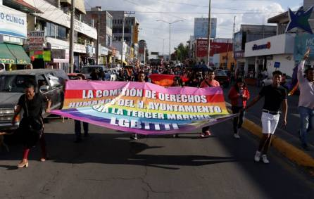 Llevan a cabo la Tercera Marcha LGBTTTI en Tizayuca4
