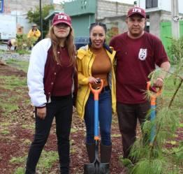 Mineral de la Reforma y alumnos del IPN se suman a reforestación en el Fraccionamiento Mineral II3