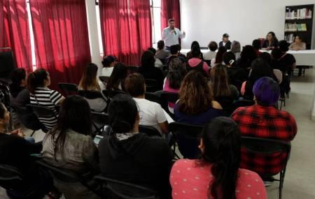 """Ponen en marcha en Tizayuca """"Curso de Manejo"""" gratuito para mujeres1"""