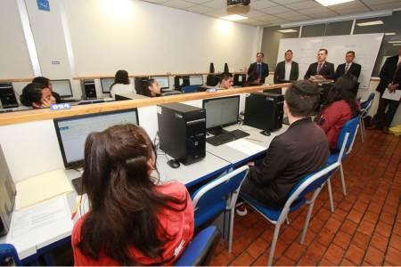 Presentan más de 10 mil aspirantes examen para ingresar a la UAEH2