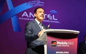 Reconoce Anatel a Omar Fayad, por despliegue de telecomunicaciones1