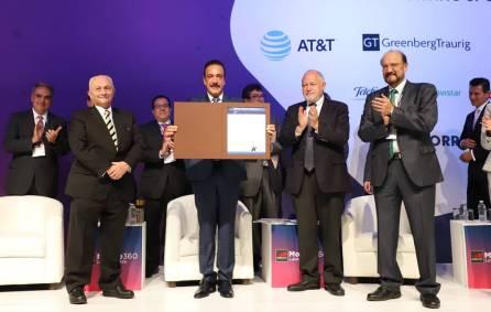 Reconoce Anatel a Omar Fayad, por despliegue de telecomunicaciones4