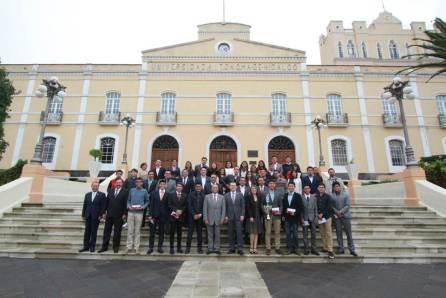 Reconoce rector de la UAEH a estudiantes destacados
