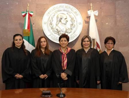 Rindieron protesta cuatro nuevas juezas del fuero común2