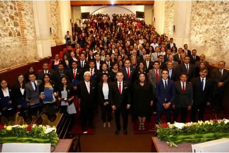 Alcanzan 106 egresados de la UAEH excelencia nacional en prueba EGEL2.jpg