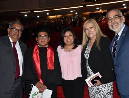 Asiste Secretario de SEPH a la graduación de estudiantes del CECyTEH Plantel Pachuca1