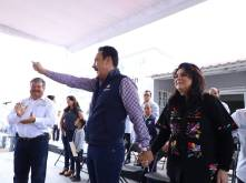 Atención ciudadana y apoyo a grupos vulnerables en Acatlán3
