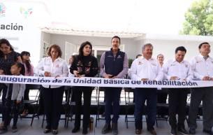 Atención ciudadana y apoyo a grupos vulnerables en Acatlán8