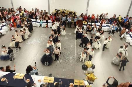 Celebran ceremonia de graduación alumnos del CAIC Tolcayuca 1.jpg