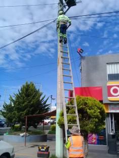Da SOPOT mantenimiento a semáforos de la Zona Metropolitana de Pachuca3