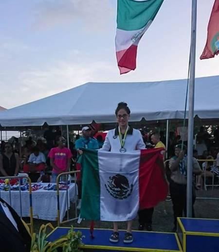 Dalahi Meza consigue medallas en el Campeonato centroamericano y del Caribe de Natación