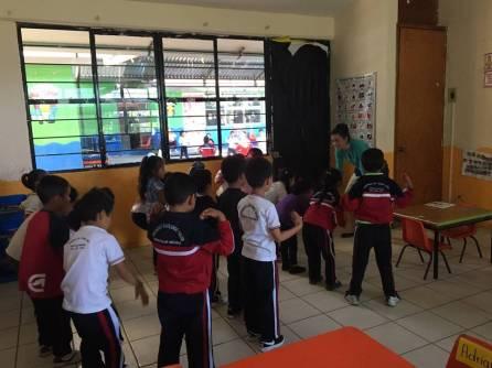 Docentes estadounidenses visitaron escuelas de Tenango de Doria3