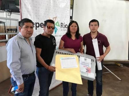 Entregan insumos y material documental en todo el estado para la Consulta Indígena