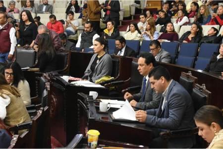 Por unanimidad, LXIV Legislatura aprueba cinco dictámenes que modifican la Constitución de Hidalgo.jpg