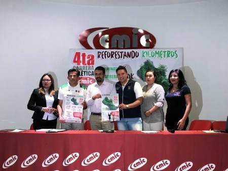 """Presentaron la carrera CMIC 2019 """"Reforestando kilómetros"""""""