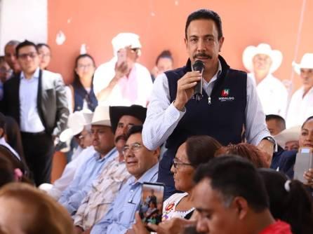 Reciben certeza jurídica patrimonial 145 familias de Tezontepec2