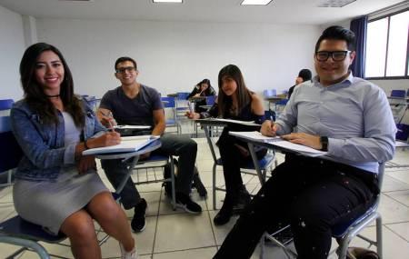 Regresan a clases más de 50 mil alumnos de UAEH