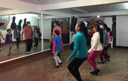 "Santiago Tulantepec invita a inscribirse a nuevo taller de ""Danza árabe"