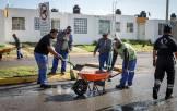 Se reune Raúl Camacho con vecinos del Fracc Don Pablo tras fuerte lluvia6