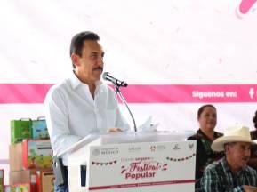 Vigente en Hidalgo el seguro popular Omar Fayad2