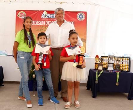 Campeones de certamen internacional de cálculo mental son reconocidos por el alcalde de Tizayuca4
