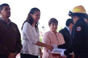 Celebran Día del Bombero con vehículo tipo pipa en Santiago Tulantepec3