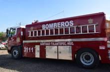 Celebran Día del Bombero con vehículo tipo pipa en Santiago Tulantepec4