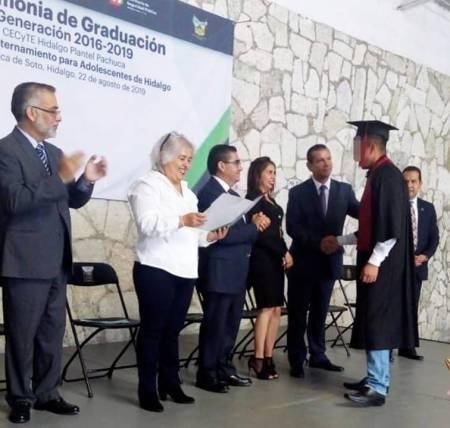 Concluyen estudios adolescentes en internamiento en Hidalgo2