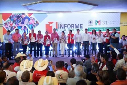 Desde el Congreso, contribuimos a la gobernabilidad y paz social, JLES4