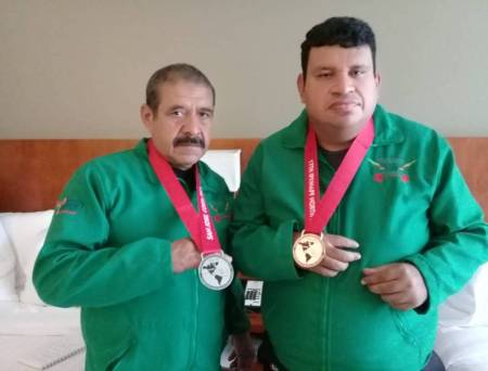 Hidalguenses consiguen medalla en el North American Regional Powerlifting Champoinships.jpg