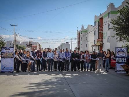 Inaugura Mineral de la Reforma pavimentación de concreto en El Chacón 1