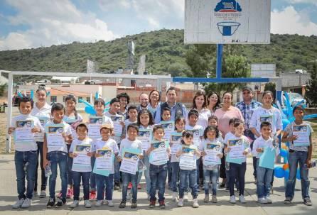 Inaugura Raúl Camacho Baños Salón de Usos Múltiples en San Cristóbal Chacón3