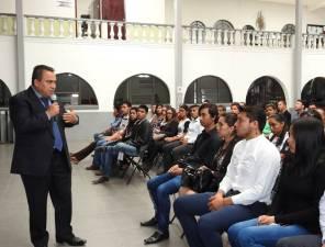"""Incorporan becarios del Programa Federal """"Jóvenes Construyendo el Futuro"""" a actividades del municipio de Tolcayuca2"""