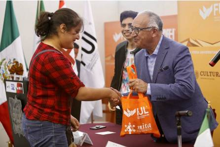 Premia FUL a ganadores del 3er Encuentro universitario de FULTubers4